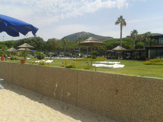 Corte Rosada Resort & SPA: vista spiaggia