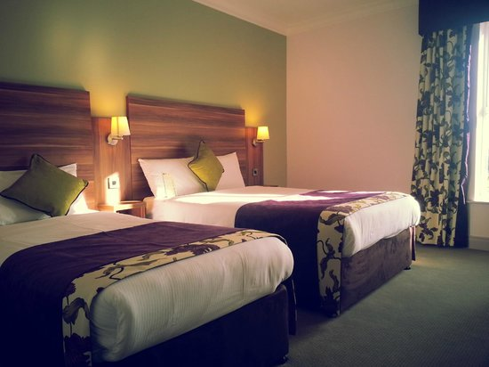 Maldron Hotel Galway : Bedroom