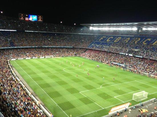 NH Barcelona Fira Suites: Camp Nou