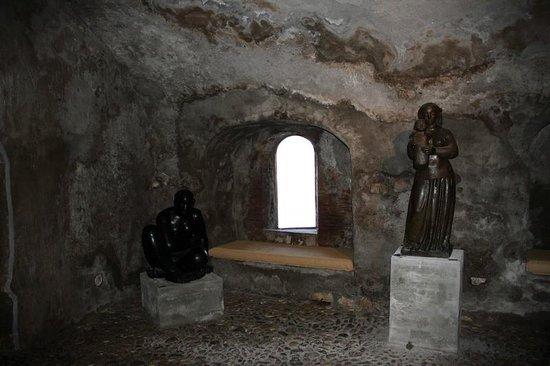 Les Musees de La Citadelle: Volti museum in Citadelle