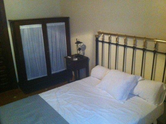 Hotel Casa del Capitel Nazari: Room