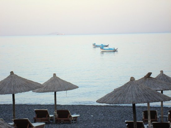 Poseidon Beach Hotel: view from hotel restaurant