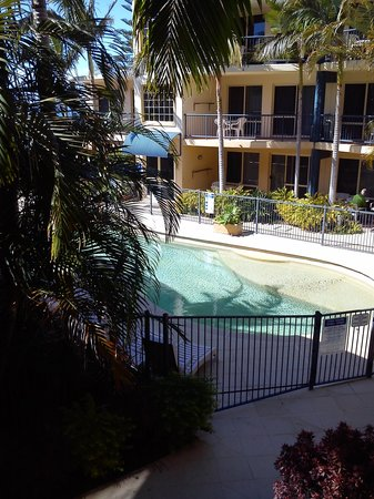 Beachside Holiday Apartments : View from balcony unit at rear of complex overlooking pool