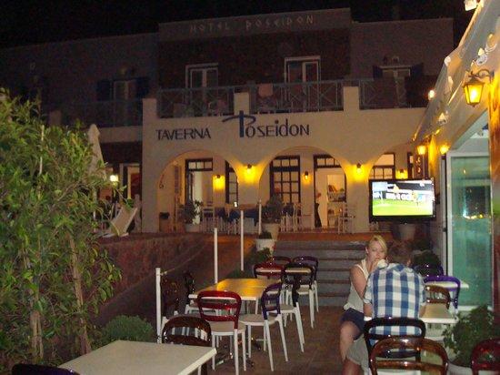 Poseidon Beach Hotel: Hotel