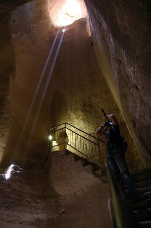 Bet Guvrin-Maresha National Park: Пещеры Бейт Гуврин. Один из переходов
