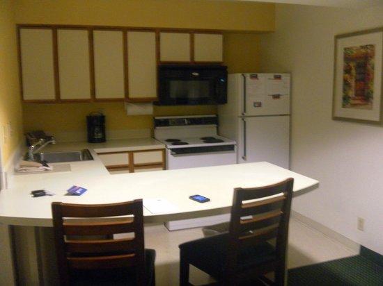 Sonesta ES Suites Flagstaff: Cucina dell'appartamento