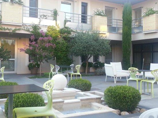 Hotel Le Patio de Violette: Le Patio