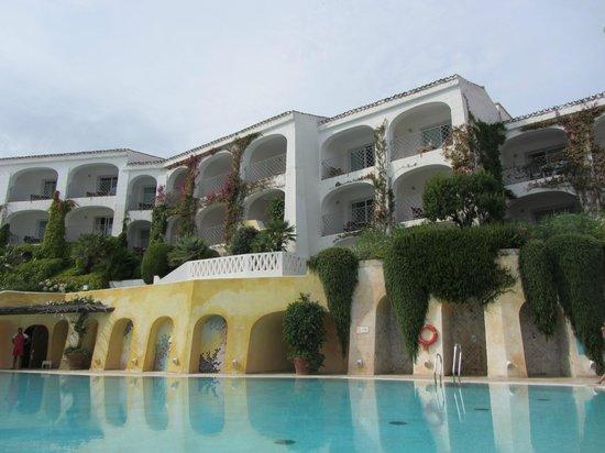 Grand Hotel Poltu Quatu Sardegna MGallery by Sofitel: La piscine