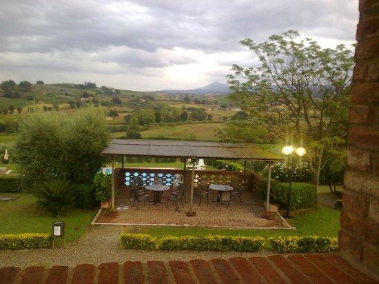 """Agriturismo Sanguineto Montepulciano Hotel: Panorama mozzafiato da """"Loggetta"""" anche quando il tempo non promette nulla di buono"""