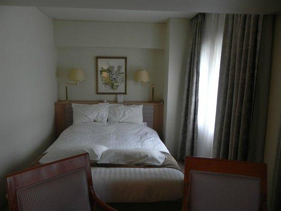 Kyoto Century Hotel: room