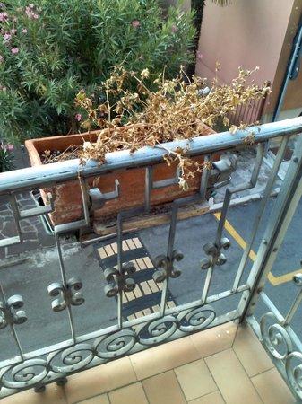 Hotel Maderno: non mi sembra certo un dettaglio di stile in un hotel a ****!