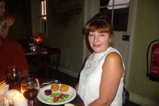 The Plough Inn at Lewson Street: camenbert cheese appetizer shared with friends