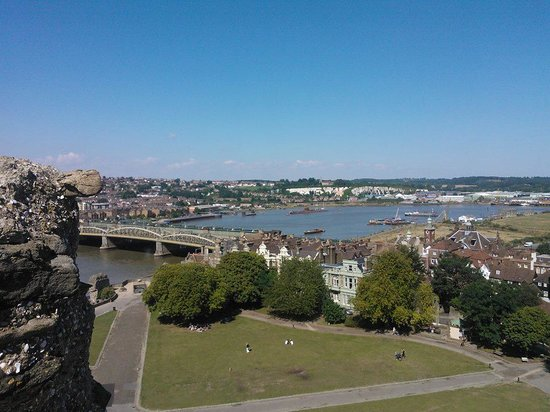 U-475 Black Widow Russian Submarine: The submarine seen from Rochester castle.