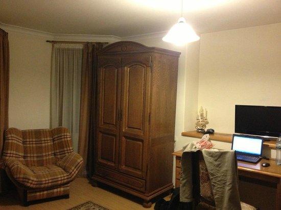 Beaumonde Hotel: Room