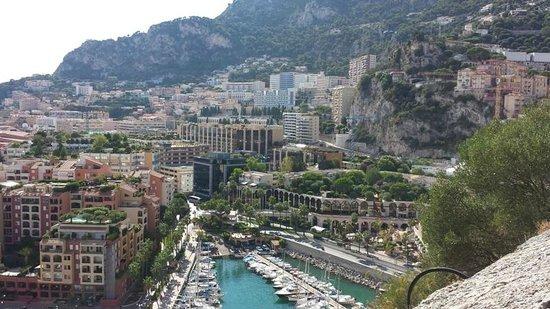 Columbus Monte-Carlo: Vue sur le quartier Fontvielle de l'hôtel
