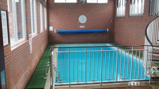 Burlington Palm Hotel: Heated indoor pool