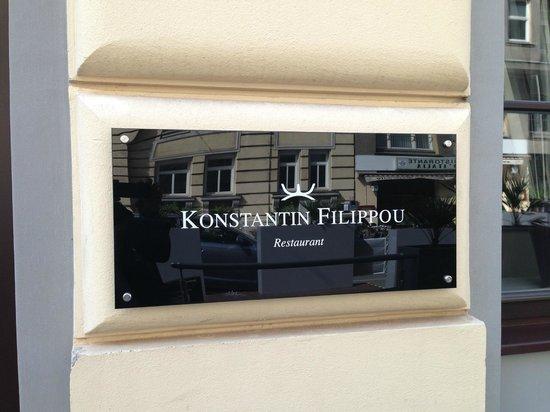 Konstantin Filippou: Exterior