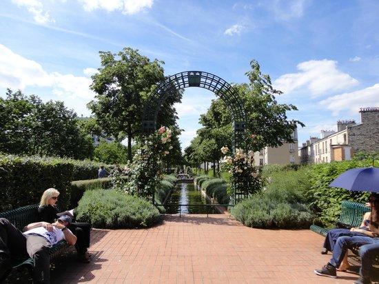 Promenade plant picture of coulee verte rene dumont for Plante verte