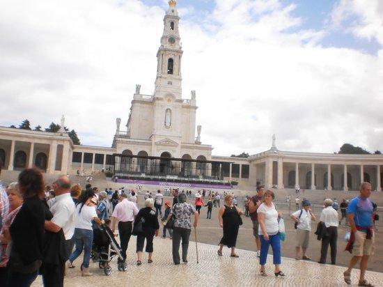 Shrine of our Lady of the Rosary of Fatima: Vista da Igreja Antiga de Fátima