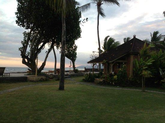 D'Tunjung Beach Resort: Room 808 :)