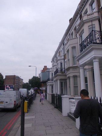 Oxford Hotel London : strada dell'hotel