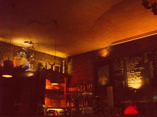 Hirsch Bar : Super cosy atmosphere at Hirsch