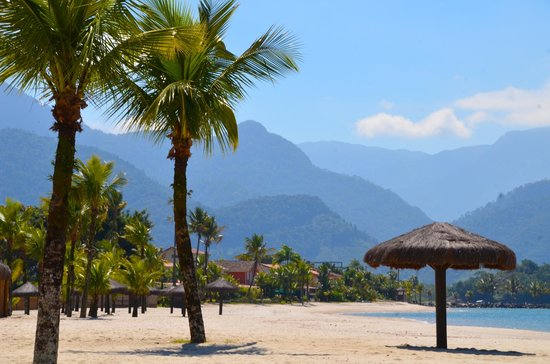 Angra Boutique Hotel: Nearby beach