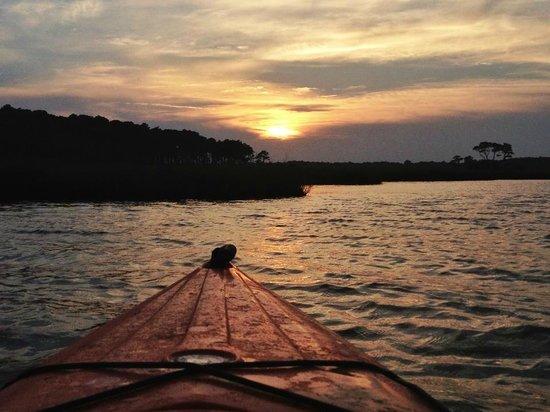 Coastal Kayak: Sunset Moonrise Tour