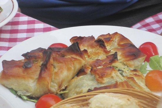 Hostaria La Botticella: 中はほうれん草とチーズでした