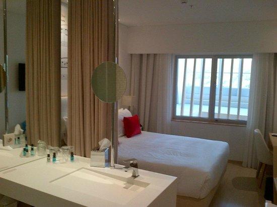 salle de bains et chambre à coucher - Picture of Hotel da Musica ...