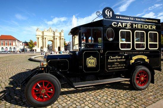 Cafe Heider: Stadtrundfahrten mit eigenem Chauffeur