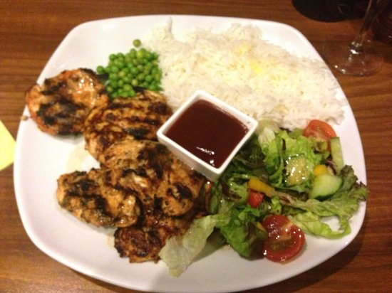 Woodstone Pizza and Grill: chicken kabob-delicious