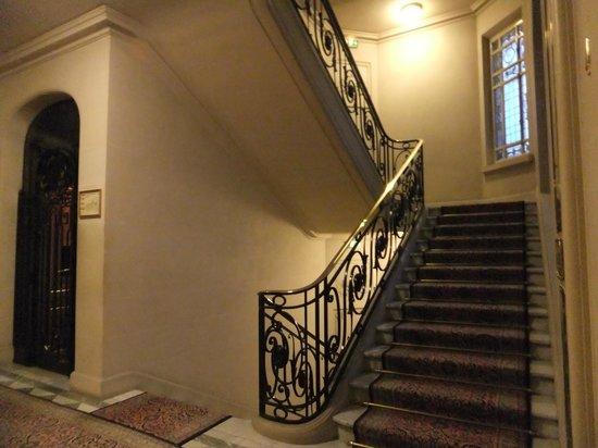 Hotel Raphael: i corridoi