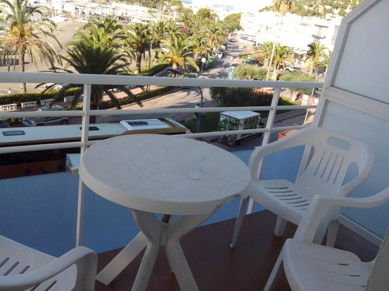 Hotel Les Illes: Balconcino vista mare