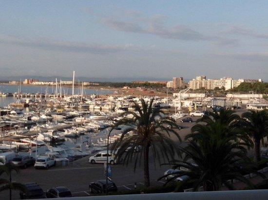 Hotel Les Illes: Panorama dalla camera (vista sulla spiaggia grande)