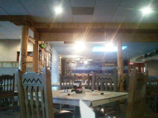 Pow Wow Restaurant & Lounge : View from our table :-)