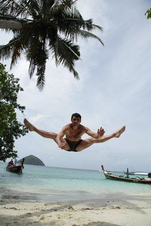 Coral Island Resort: Прыжок