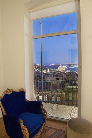 Manzara Istanbul: Aussicht der Wohnung Karadeniz