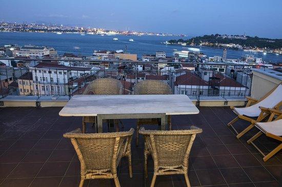 Manzara Istanbul: Aussicht der Wohnung Bosporus 1