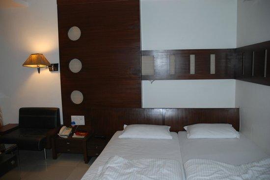 Tansha Comfort Residency : Bed
