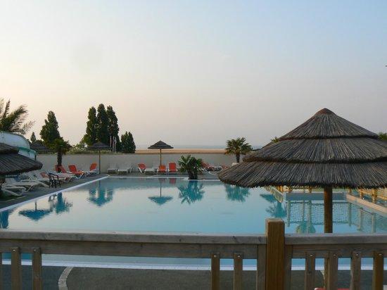 Camping Les Peupliers: piscine
