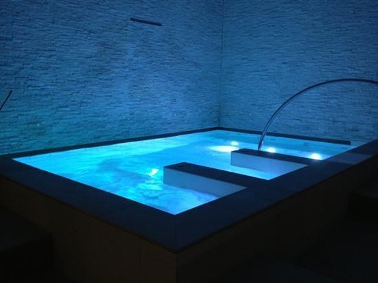 Hotel Le Grotte : vasca idromassaggio