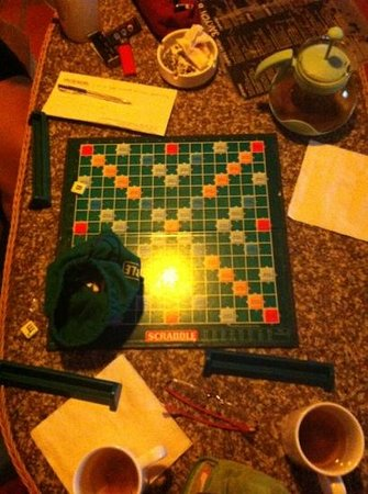 Chillout cafe: we are playing in scrabble