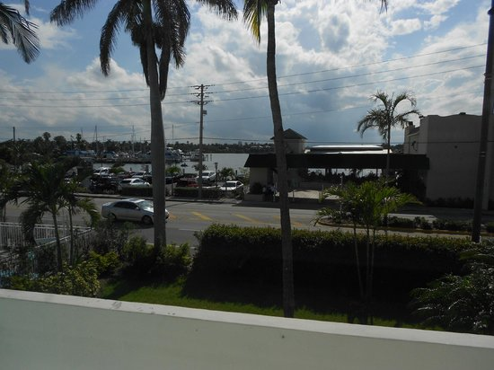 Hollywood Beachside Boutique Suites: View