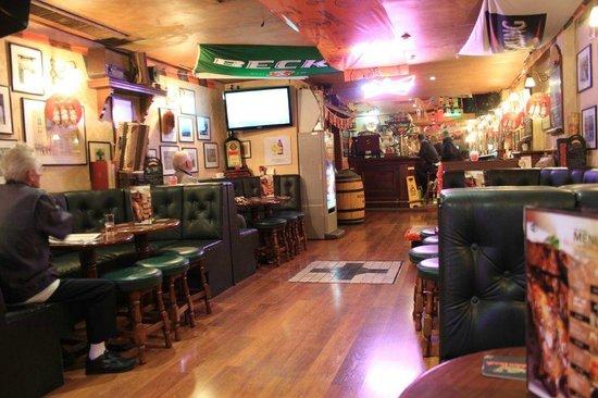 The George Pub: Warm and friendly
