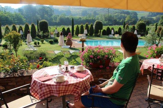 Breakfast at Molino di Foci