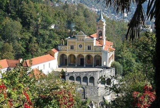 Sacromonte e Santuario Madonna del Sasso: From the distance