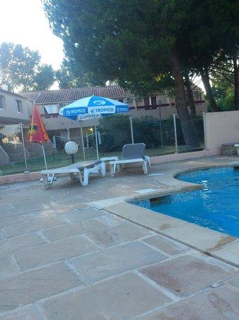 Royal Hotel : piscine de l' hôtel !