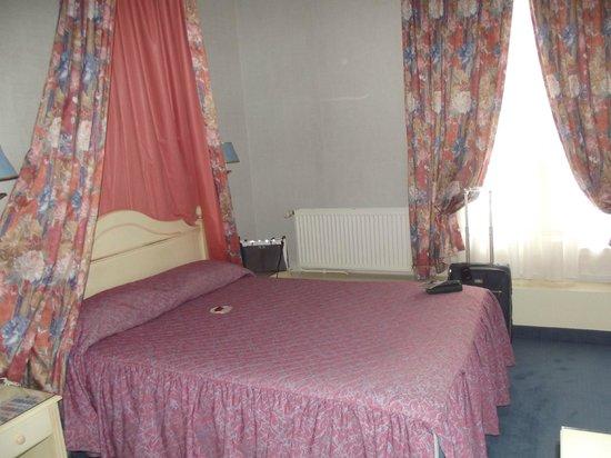 Hotel de l'Esperance: Veduta della camera