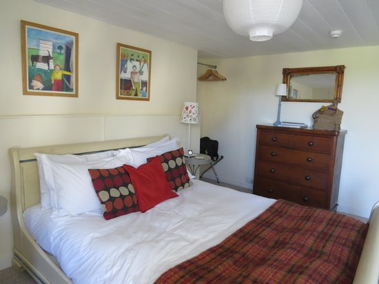 Hill House: Room 6